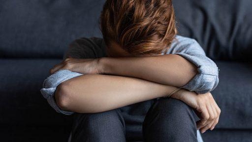 Як герпес провокує розвиток депресії?